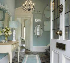 Los pasillos son espacios que si bien, no pasamos mucho tiempo en ellos, es importante mantener un estilo sobrio y no recargado. Aquí hay 40 ideas para ti.