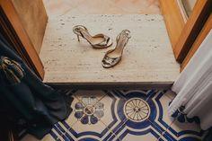 Wedding shoes! Photographer: Oli Sansom // Event Venue: Villa Cimbrone // Shoes: Jimmy Choo. http://flyawaybride.com/amalfi-coast-wedding-at-villa-cimbrone/ #Shoes #Bridalshoes #weddingshoes #heels #silver