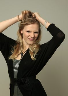 Emma Bell born december 1986 in woostown, new jersey, usa December 17, Actresses, Usa, Model, Black, Fashion, Female Actresses, Moda