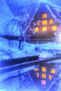 Snow in Shirakawa-go, Gifu, Japan
