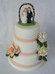 Hochzeitstortenfigur Brautpaar unterm Rosenbogen für die Hochzeitstorte Desserts, Cakes, Food, Newlyweds, Tailgate Desserts, Scan Bran Cake, Dessert, Kuchen, Postres