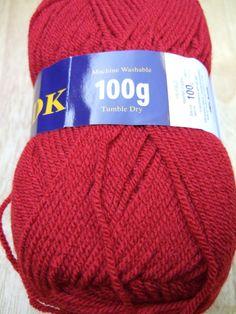 100g Sirdar Hayfield Bonus DK knitting yarn 0833 classic red knitting wool £1.81