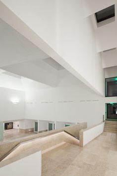Project by Gonçalo Byrne, João Góis e David Sinclair - Cascais Citadel Hotel