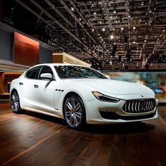 Maserati Ghibli S Gran Lusso - A touch of both Italian class and elegance at the Geneva Motor Show. The S GranLusso in Bianco Alpi with Ermenegildo… Maserati Sports Car, Maserati Car, Maserati Ghibli, Super Sport Cars, Super Cars, My Dream Car, Dream Cars, Geneva Motor Show, Sports Sedan