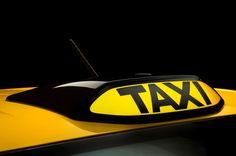 Nissan-e-NV200-Concept-taxi-light.jpg (2048×1360)