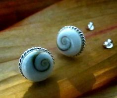 MSS:ES27 Shiva Shell Round 12 MM Sterling Silver Stud Earrings Jewelry