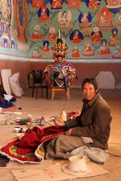 Tibetan Craftsman* Arielle Gabriel writes about miracles and travel in The Goddess of Mercy & The Dept of Miracles also free China toys and paper dolls at The China Adventures of Arielle Gabriel *