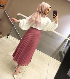 ZAFUL offers a wide selection of trendy fashion style women's clothing. Hijab Style Dress, Hijab Chic, Hijab Outfit, Hijab Casual, Abaya Fashion, Muslim Fashion, Modest Fashion, Fashion Outfits, Modest Dresses