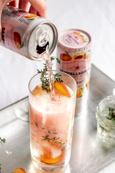 this fizzy peach and thyme mocktail for all of your lighter summer momen., DrinksTry this fizzy peach and thyme mocktail for all of your lighter summer momen. Party Drinks, Cocktail Drinks, Cocktail Recipes, Drink Recipes, Smoothie Recipes, Aperitif Drinks, Easter Cocktails, Grapefruit Cocktail, Spring Cocktails