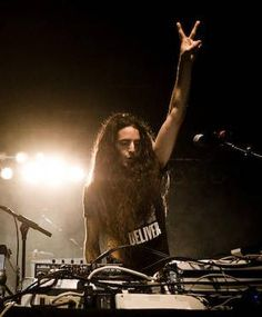 We would like to welcome BASSNECTAR to the Vegas family, signing a residency over @SURRENDERNIGHTCLUB inside the Encore! www.spyonvegas.com