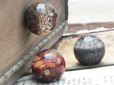 3 vintage resin drawer knobs with grains and by dkgeneralstore, $8.00