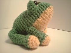 Serendipity Creative: Carter Frog Ami'Pal Amigurumi Stuffed Softie Crochet Pattern Now Available ༺✿ƬⱤღ✿༻