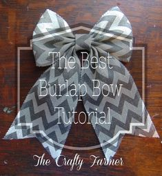 Step by step instructions with pictures on how to make a PERFECT burlap bow! Burlap wreath with bow.Best burlap bow tutorial so far!Seriously, the easiest bow tutorial ever!Amazing bow with silver and white accents Burlap Bow Tutorial, Ribbon Flower Tutorial, Wreath Tutorial, Diy Bow, Diy Ribbon, Ribbon Rose, Ribbon Hair, Hair Bows, Ribbon Storage