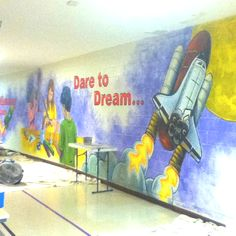 School pride mural for the rockets of Rollingwood Elementary.