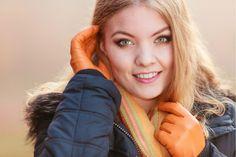 Rimedi al mal di gola: attenti alla alla sciarpa (fa venire l'acne!)  - #salute