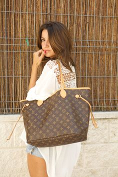 Louis Vuitton Handbags Outlet Free Shipping, 2015 LV Hot Sale Style Alma, Artsy, Neverfull, Speedy, Wallets From Louis Vuitton Womens Online. #Louis #Vuitton #Handbags