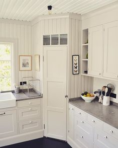 Love this built-in corner pantry
