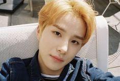 yesss slay the look bb 🤧🤧💕 Winwin, Taeyong, Jaehyun, Nct 127, Mv Video, Kim Jung Woo, Ten Chittaphon, Nct Dream, Boy Groups