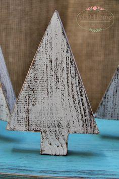 choinka drewniana ręcznie wykonana, hand made, przecierana, shabby, dekoracja świąteczna, Boże Narodzenie