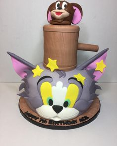Tom and Jerry cake fun! #showboybakeshop #bakery #lasvegas #vegas #anthem #sevenhills #summerlin #bestoflasvegas2015 #bestoflasvegas2014 #bestoflasvegas2016 #cupcakewars #cakewars #foodnetwork #custom #cake #cakes #tomandjerry #instacake #instacakes #cakesofinstagram #insta #instabakers