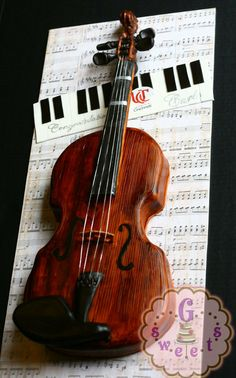 So, a dad comes to me, brings his son's violin and asks… can you please make a cake just like this? After all, how many Dads do that for their kids? :) So special. Fancy Cakes, Cute Cakes, Pretty Cakes, Beautiful Cakes, Amazing Cakes, Crazy Cakes, Music Themed Cakes, Music Cakes, Violin Cake