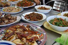 wat buddha thai new year Authentic Thai Food, Thai Dishes, Thai Recipes, Chicken Wings, Buddha, Beef, Meat, Thai Food Recipes, Steak