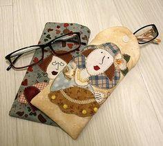 Resultado de imagem para molde de porta oculos em patchwork