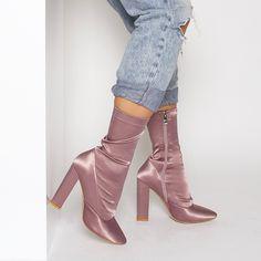 Hattie Mauve Satin Ankle Boots : Simmi Shoes