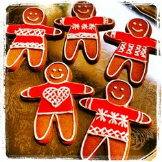 Serve up some Christmas jumper gingerbread men this #xmasjumperday and make even more money for our work with the world's poorest children.