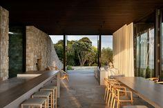 Cowes Bay Residence, Waiheke Island, New Zealand - The Cool Hunter - The Cool Hunter Amazing Architecture, Interior Architecture, Interior Design, Waiheke Island, Casa Cook, Hiking Spots, Stone Houses, New Zealand, New Homes