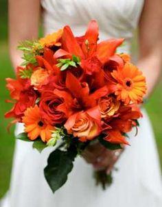 Persimmon bouquet good for an autumn or summer wedding