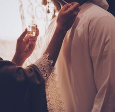 ImageFind images and videos about couple on We Heart It - the app to get lost in what you love. Perfect Couple, Love Couple, Couple Goals, Couple Dps, Cute Muslim Couples, Cute Couples Goals, Hand Pictures, Couple Pictures, Arab Love