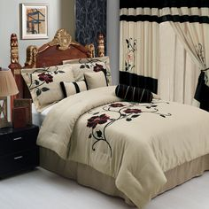 Luxury Beige Black Floral Medford Comforter Set with Pillows Bed in a Bag Modern Comforter Sets, Queen Size Comforter Sets, Luxury Comforter Sets, Bedroom Comforter Sets, King Size Comforters, Floral Comforter, King Size Mattress, Dorm Bedding, Rose Comforter