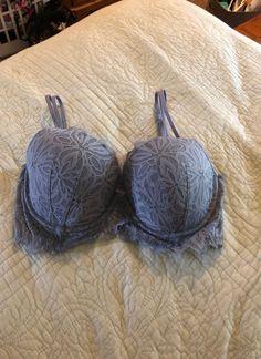 Victoria's Secret pink lace bra size 36c Like new worn twice