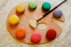 Art palette of Macarons Photos A rainbow of macarons displayed on a wood painting plate with a feather brush. by preetim Macarons, Macaron Store, Photography Projects, Food Photography, Cake Branding, Drink Photo, Rainbow Art, Rainbow Colors, Macaron Recipe