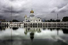 Gurudwara Bangla Sahib Main Sikh temple in Delhi (India)