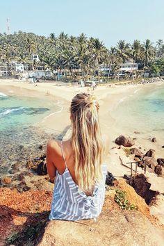 Beaches and palm trees at Mirissa I Sri Lanka: http://www.ohhcouture.com/2017/02/sri-lanka-travelguide/ #ohhcouture #leoniehanne