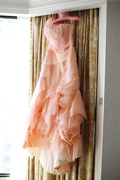 that Blush colored Wedding Dress I was speaking of...Swooning!!