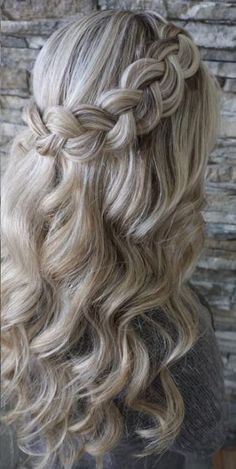 Featured Hairstyle: Heidi Marie Garrett - Hair and Makeup Girl; Wedding hairstyle idea.