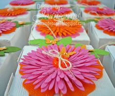 Flower box toppers