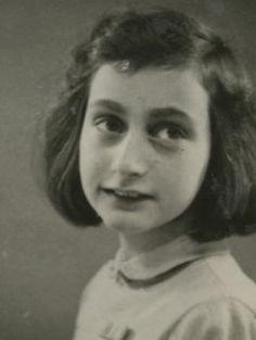 Anne Frank interactive timeline