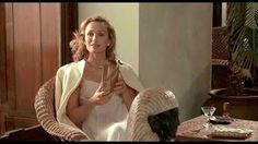 Kristin Scott Thomas - Katharine Clifton - The English Patient Kristin Scott Thomas, Pretty Woman, Le Patient Anglais, The English Patient, White Evening Gowns, Ralph Fiennes, Judi Dench, Little White Dresses, Movie Characters