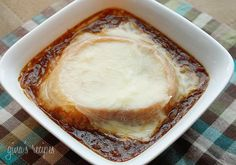 French Onion Soup Gina's Weight Watcher Recipes Servings: 6 • Serving Size: 1-1/2 cups • Points +: 8 • Smart Points: 9 Calories: 312.8 • Fat: 11 g • Protein: 17.9 g • Carb: 31.6 g • Fiber: 3.3 g
