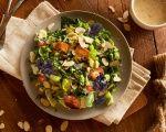 Rainbow Caesar Salad with Herbed Croutons Christmas Lunch, Caesar Salad, Vegetarian Recipes, Salads, Rainbow, Treats, Dinner, Healthy, Salad