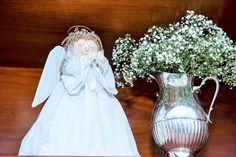 Oi gente!  Como já dissemos aqui no Blog, consideramos o Batismo um momento muito importante, pois ele representa, segundo a Igreja Católica, o nascimento perante Deus.  Para nós, nada melhor que iniciarmos a semana comobatizado do Antônio, filho de uma amiga muito querida do blog, que nos autorizou a compartilhar os detalhes do …