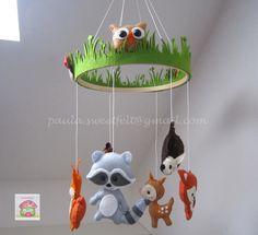 Mobile Animaux de la Forêt pour bébé : Jeux, peluches, doudous par sweetfelt