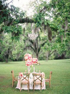 Photography: Ashley Kelemen - ashleykelemen.com/  Read More: http://www.stylemepretty.com/2014/09/16/elegant-floral-filled-southern-garden-bridal-inspiration/