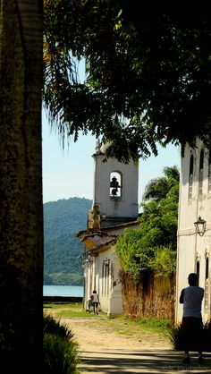 Paraty - Rio de Janeiro Mais Places To See, Places To Travel, Wonderful Places, Beautiful Places, Travel Around The World, Around The Worlds, Cool Pictures, Cool Photos, Brazil Travel