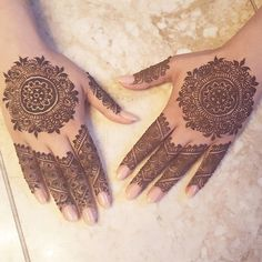 "173 Likes, 3 Comments - #KashafHennaArtistry (@kashaf.henna.artistry) on Instagram: ""Freestyled simple bridal mandalas . #kashafhennaartistry #hennainspire #hennadesign #girlyhenna…"""