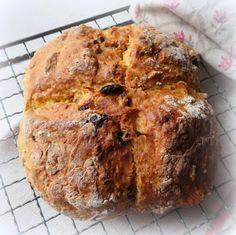 Small Batch Irish Soda Bread – Food – Home Recippe Quick Bread Recipes, Easy Bread, Bread Baking, Baking Soda, Bread Food, Irish Recipes, Home Recipes, Recipe Generator, Soda Bread